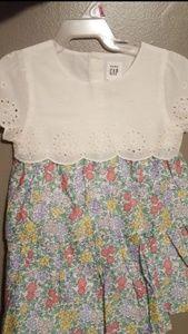 Nwt baby gap dress